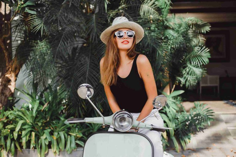 How to Become a Fashion Influencer: 6 Crucial Tips