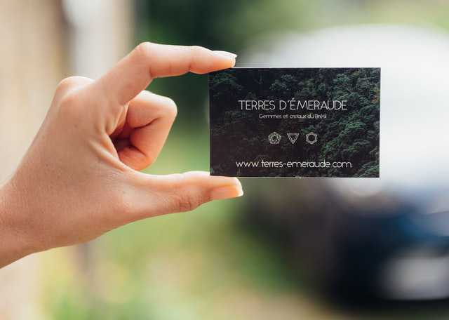 How to Choose the Right Ready-Made Business Card Template
